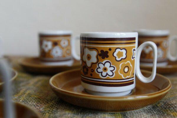 Tasses à café fleurs marron tognana porcelaine italienne vintage aux retrouvailles